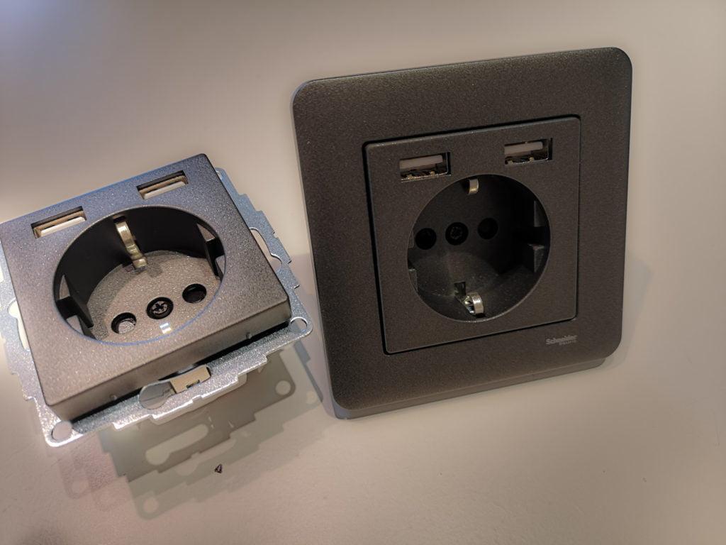 1-vägsuttag 16A med 2 x USB